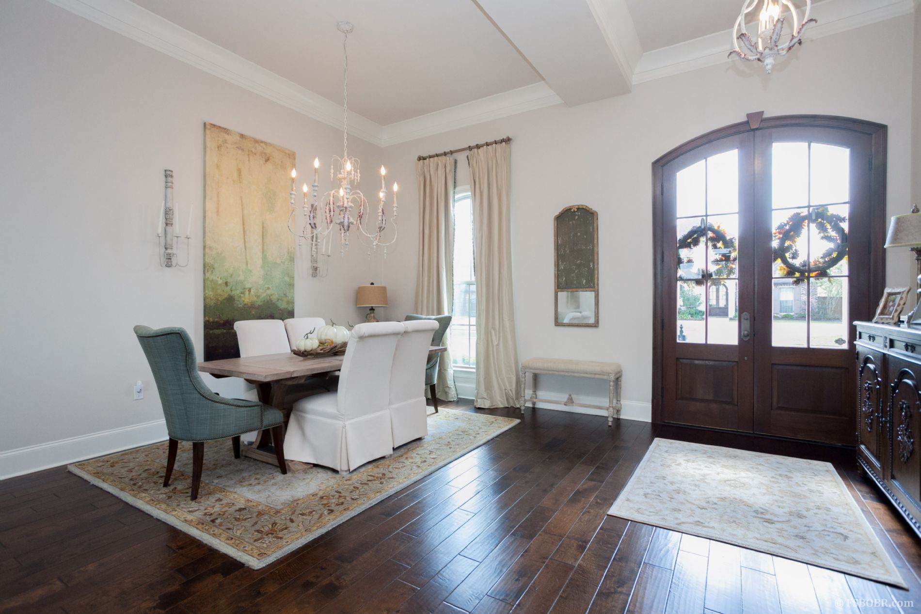 Entertainer s dream home PRICED BELOW APPRAISAL Quail