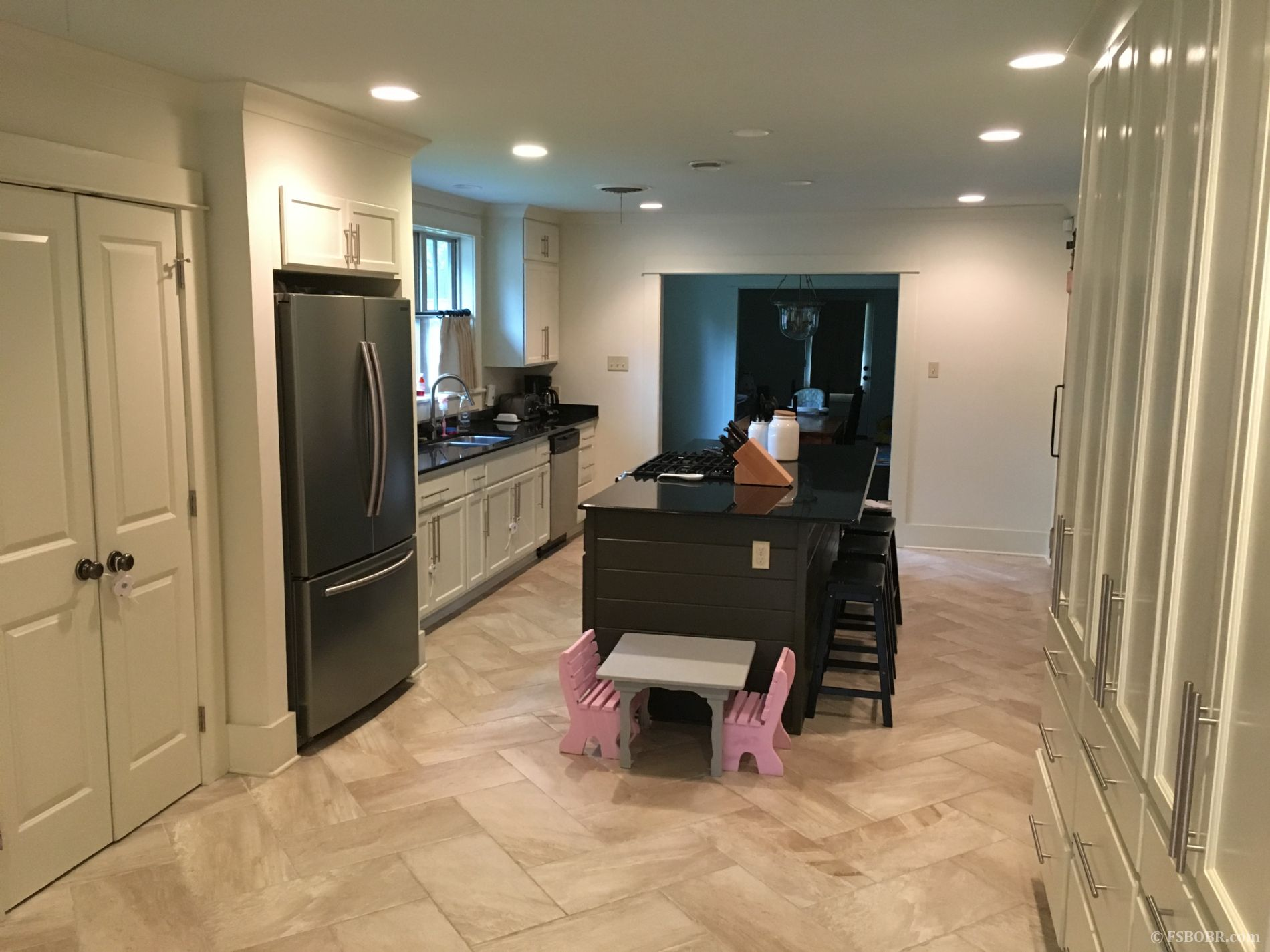 Motivated Sellers Updated Home in Southdowns Move in Ready