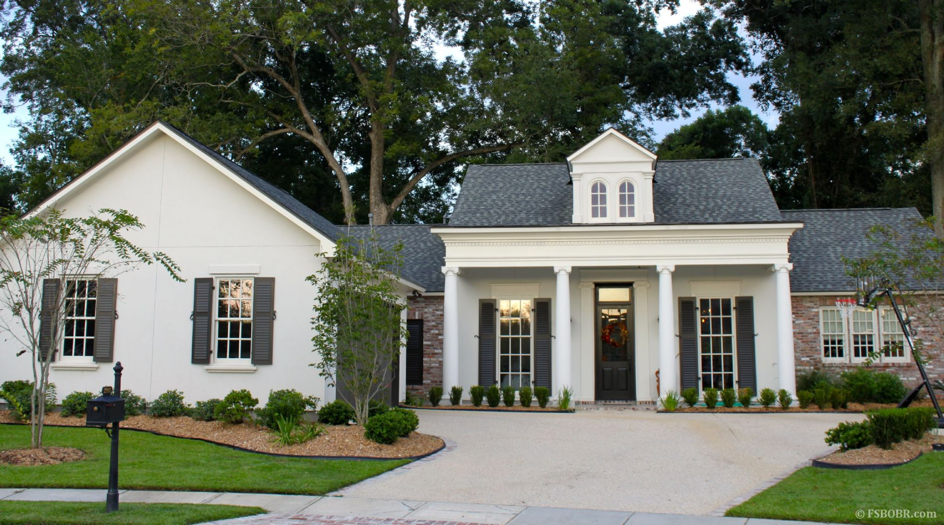 29 creative new orleans style homes for New orleans style homes